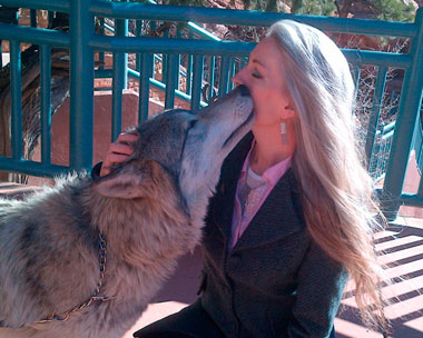 Sonya Shannon kissed by wolf